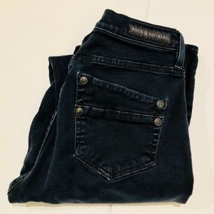 Rock and Republic Skinny Dark BlueWash Jeans SZ 8M